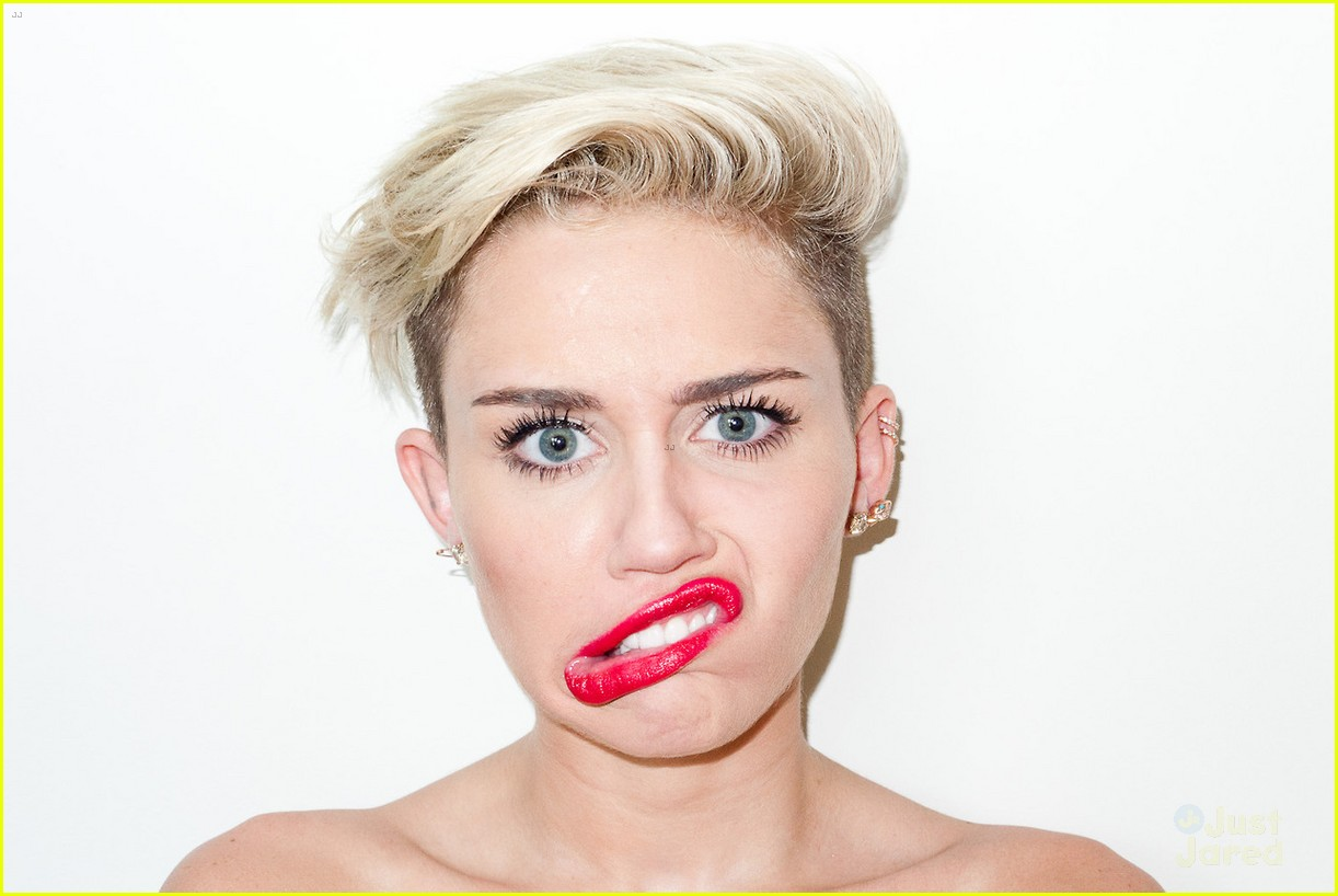 miley-cyrus-terry-richardson-photo-shoot-03.jpg